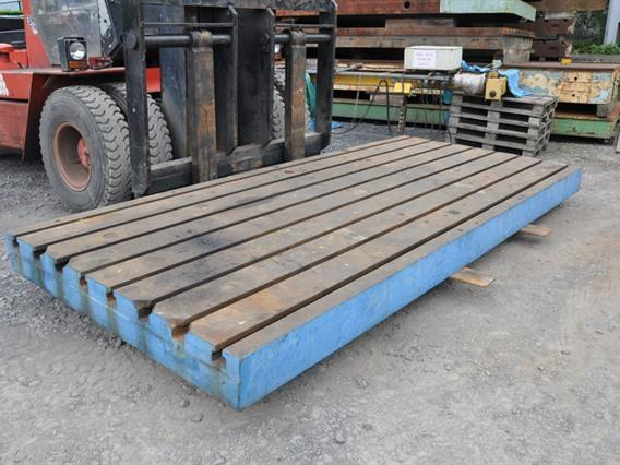T-slot Table, 4490 x 1990 x 240 mm