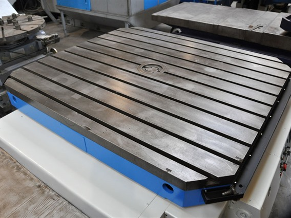WMW Union, Turning table 1800 x 2000 mm CNC