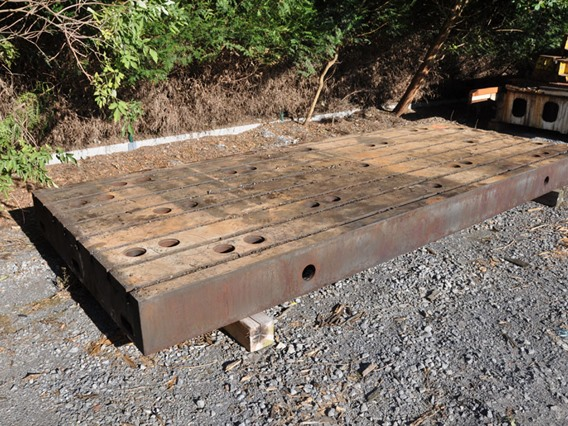 T-slot Table, 4990 x 1990 x 290 mm
