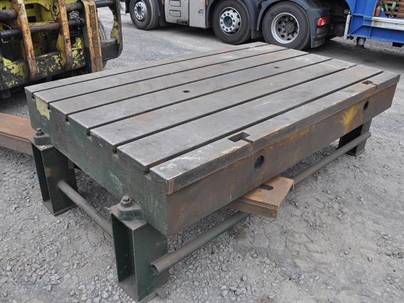 T-slot Table, 2680 x 1540 x 300 mm