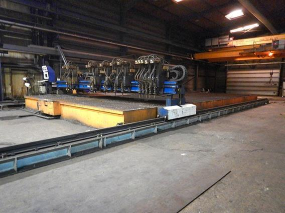Messer Griesheim, 16 000 x 8100 mm