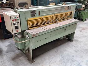 Stanko 1600 x 2,5 mm, Mechanical guillotine shears