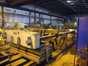 Innerpak 250Ton x 6000mm, Horizontal presses