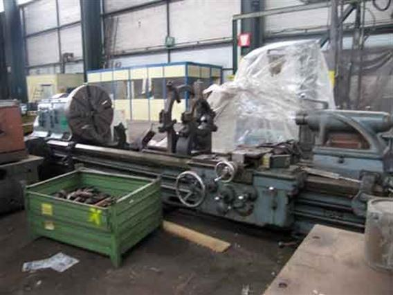 Monarch Ø 1060 x 3500 mm, Centre lathes