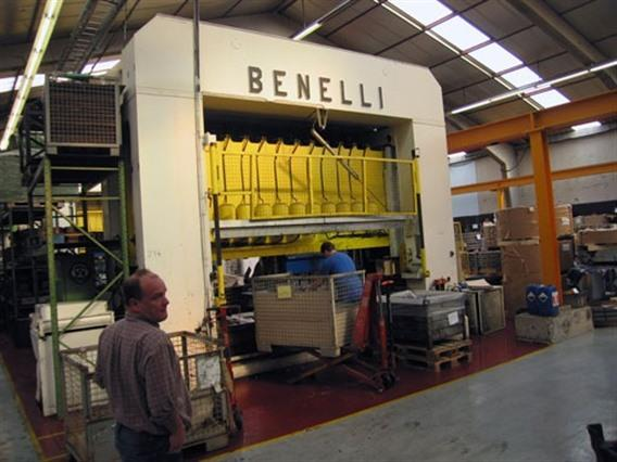 Benelli transfer press 250 ton - 10 steps, H-frame excentric presses
