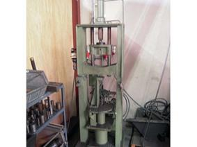 Vermeulen Hydraulic press, Dubbelkolomspersen