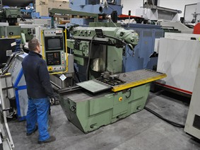 Huron PU661 CNC X:1500 - Y:1050 - Z:775 mm, Bed milling machines with moving table & CNC