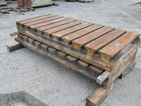 Floorplate 2600 x 1200, Tables & Floorplates