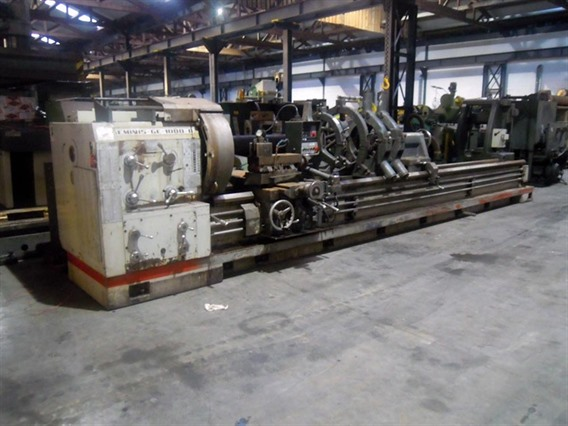 Geminis Ø 1050 x 6200 mm, Centre lathes