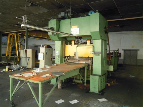 Schalck 250 T + decoiler/slitting/feeder/cut to length, H-frame excentric presses