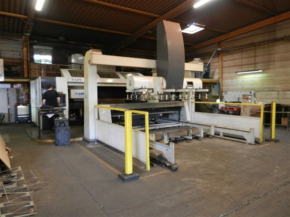 LVD Axel 3015 CNC, Laser cutting machines