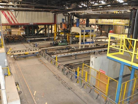 Valette panel press, 410 ton