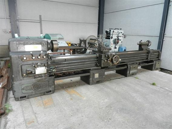 PBR TM300 Ø 600 x 4000mm, Centre lathes