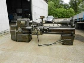 Oerlikon D.25 Ø 575 x 1500 mm, Centre lathes