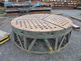Round table Ø 2400 mm, Piastre e basamenti