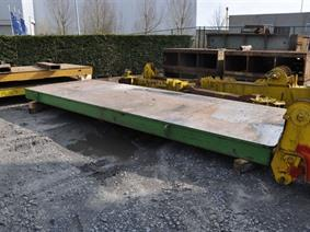 Welding table 6600 x 2300 x 300mm, Piastre e basamenti