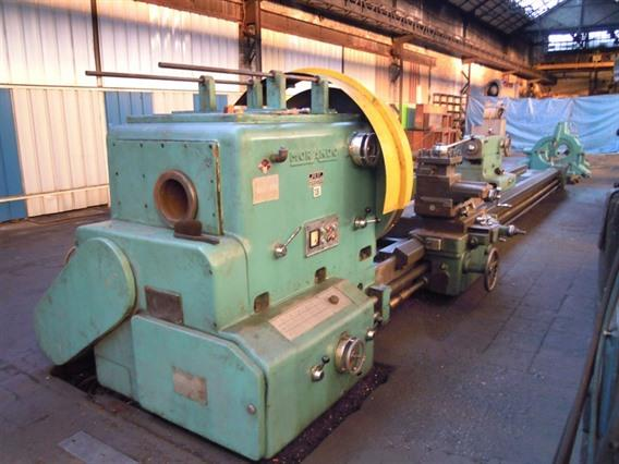 Morando PR57 Ø 1260 x 7100 mm, Centre lathes