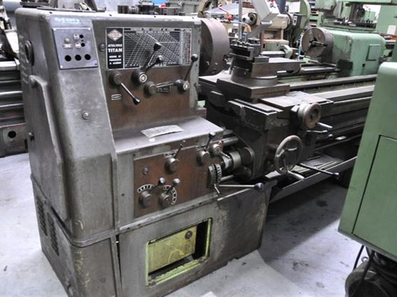 Titan Ø 600 x 3000 mm, Centre lathes