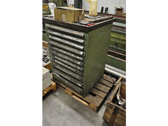 Tool cabinet 11 drawers, Storage & retrievel systems / Containers