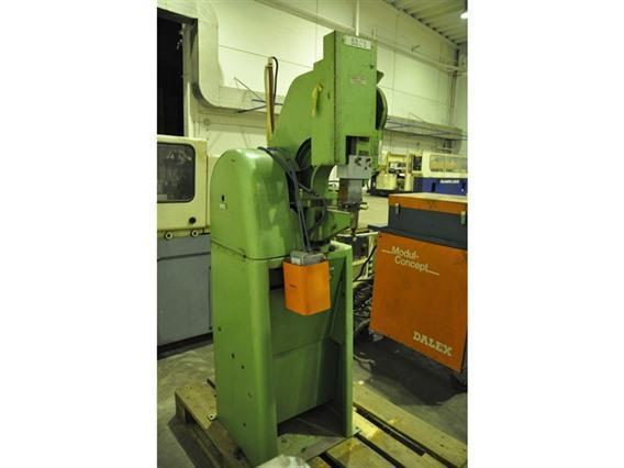 Aylesbury Style 220 rivet setting machine, Stamping & punching press thin metalsheet