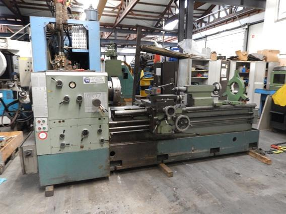 Gurutzpe Super M140 Ø 660 x 2000 mm, Centre lathes