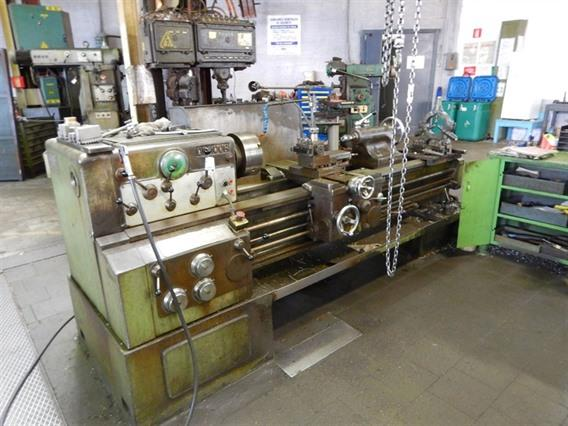 Demoor 821 Ø 490 x 1500 mm, Centre lathes