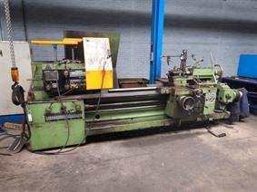 Tos SUS 63H Ø 655 x 2000 mm, Centre lathes