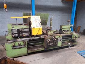 Tos SUS 80H Ø 840 x 2000 mm, Centre lathes