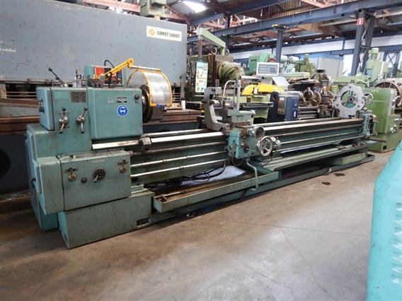 Tos SN 55-71B Ø 710 x 4000 mm, Centre lathes
