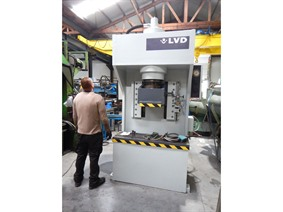 LVD 160 ton, Open gap presses