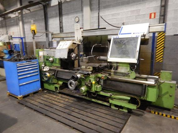 VDF Boehringer Goppingen Ø 820 x 3000 mm, Centre lathes